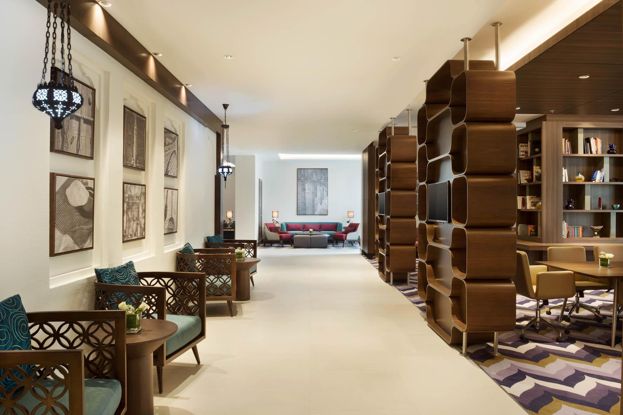 Hotel Photographer - Hamptons By Hilton Lobby