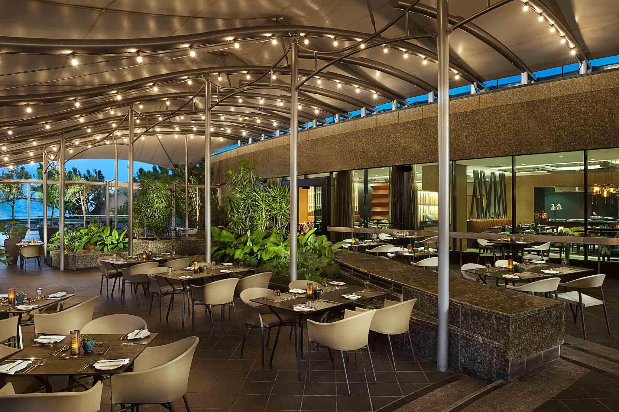 Hotel Photographer - Hilton Durban Exterior Dining