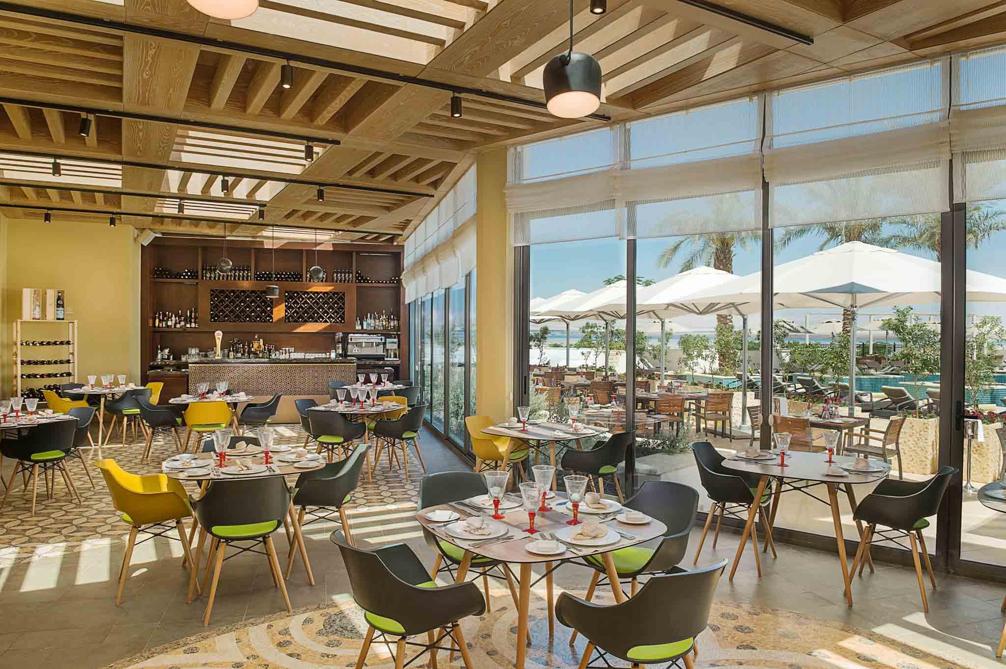 Hotel Photographer - Hilton Dead Sea Luxury Dining