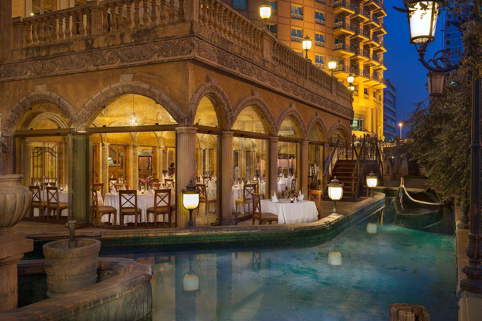 Hotel Photographer - Hilton Beirut Dining