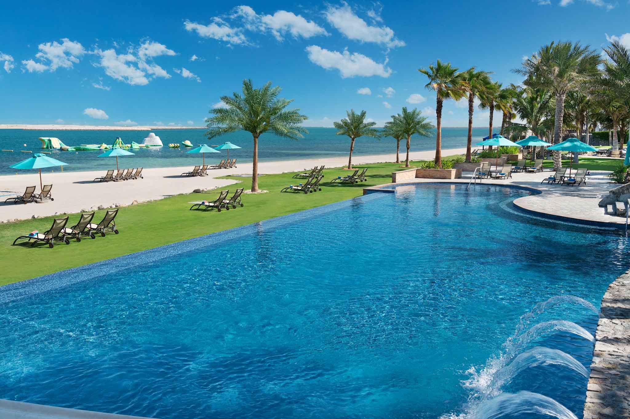 Hotel Photographer - JA Resorts Luxury Beachfront Pool